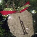 {burlap ornaments}
