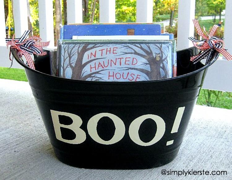 Halloween Book Countdown | simplykierste.com