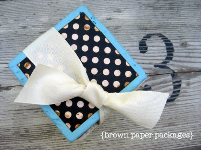 coasters with ribbon number 3-logo