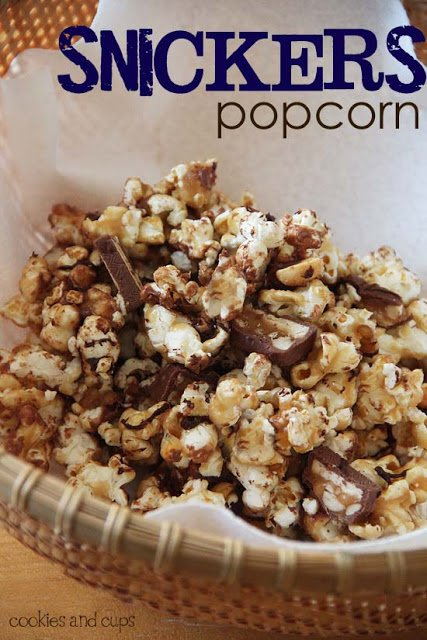 super bowl snickers popcorn   simplykierste.com