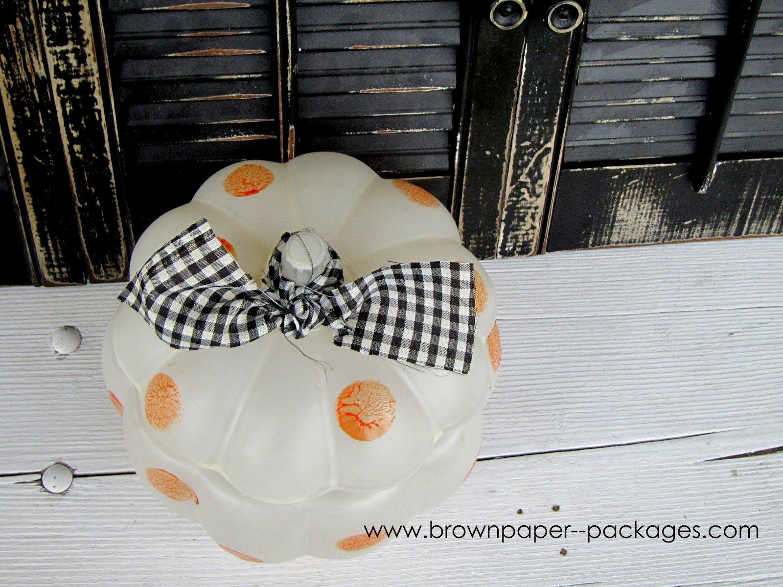 {polka dot glass pumpkin} featuring martha stewart glass paint