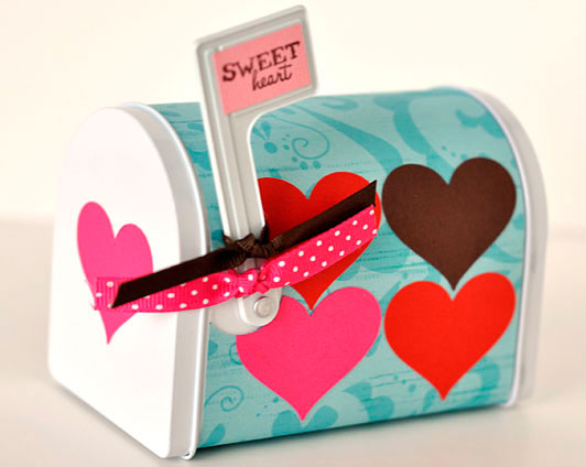 Sweet-Heart-Mailbox-Crafting-for-Kids1