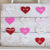 {Valentine's Day Pallet Board} with Chalkboard Blue
