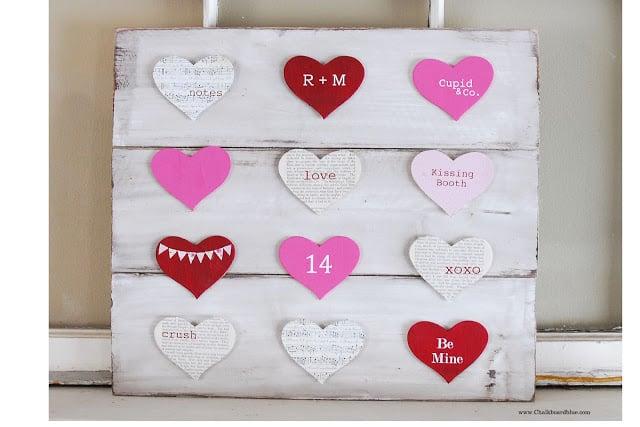 {Valentine's Day Pallet Board} with Chalkboard Blue