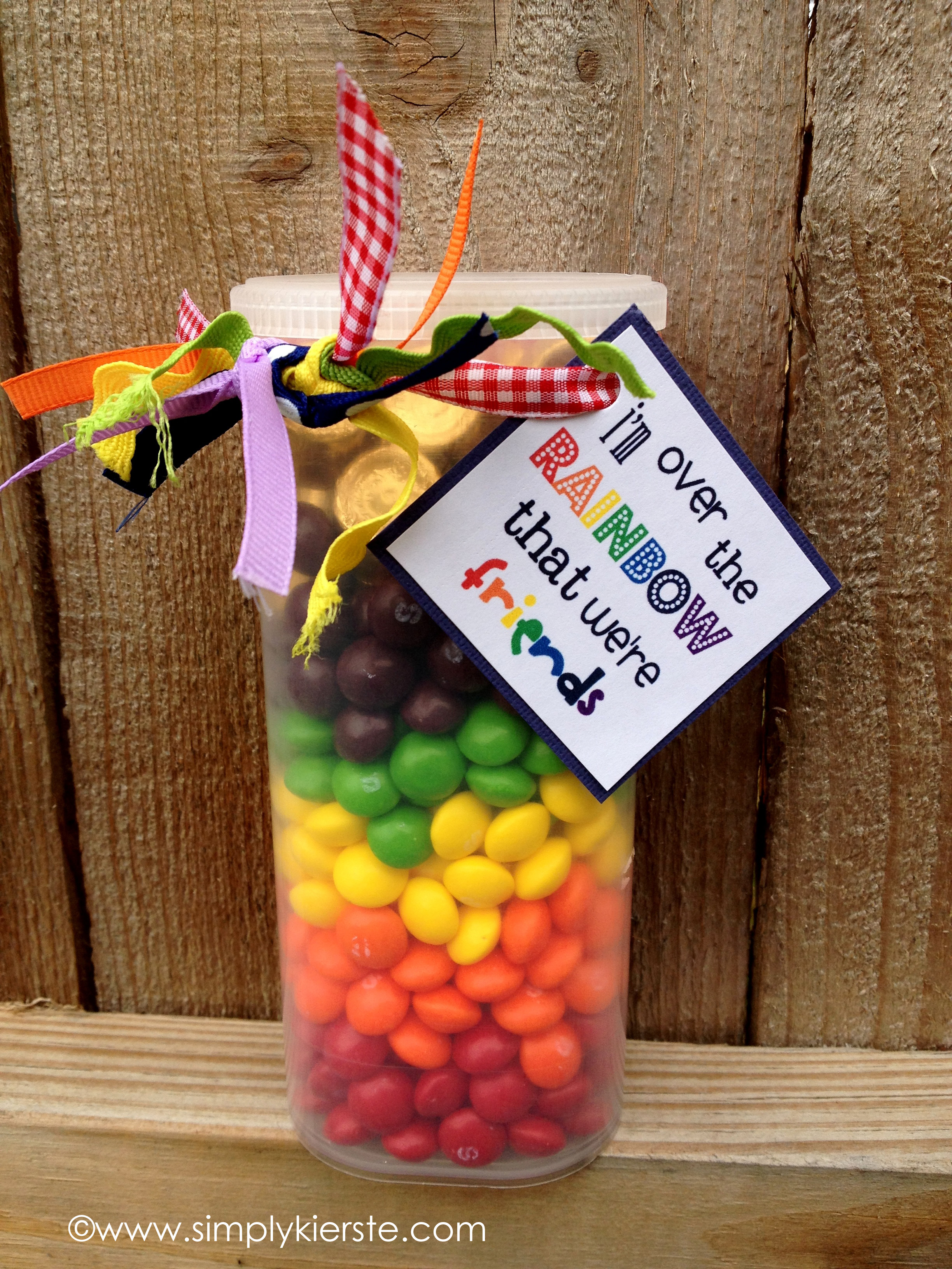 Over the Rainbow | St. Patrick's Day Printable | simplykierste.com