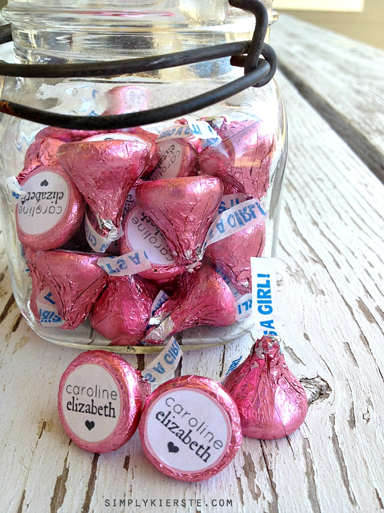 Easy Personalized Hershey Kisses | simplykierste.com