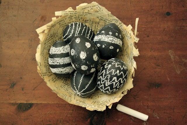Chalkboard Eggs | Easter Eggs For Kids | oldsaltfarm.com