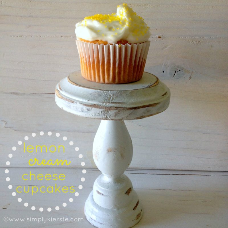 lemon cream cheese cupcakes | simplykierste.com
