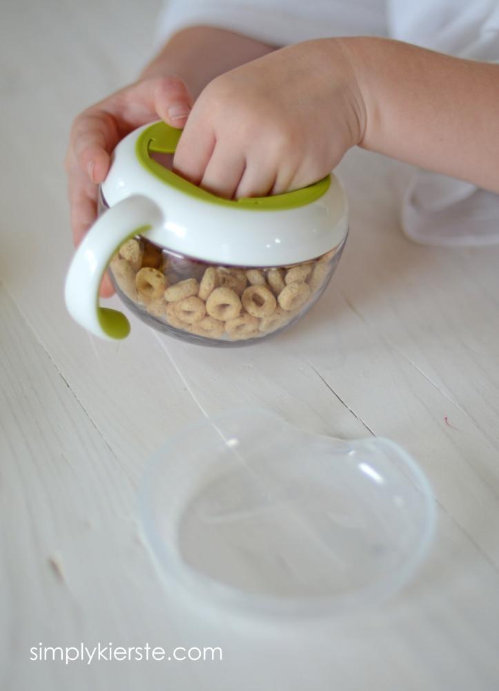 OXO Tot Flippy Snack Cup | simplykierste.com