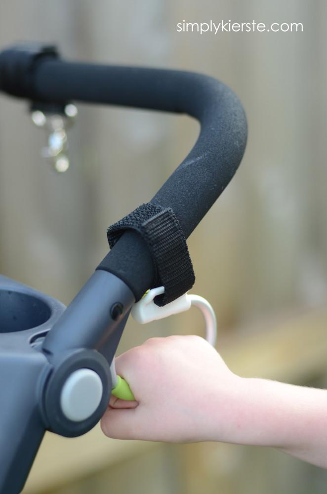 OXO tot handy stroller hook | simplykierste.com