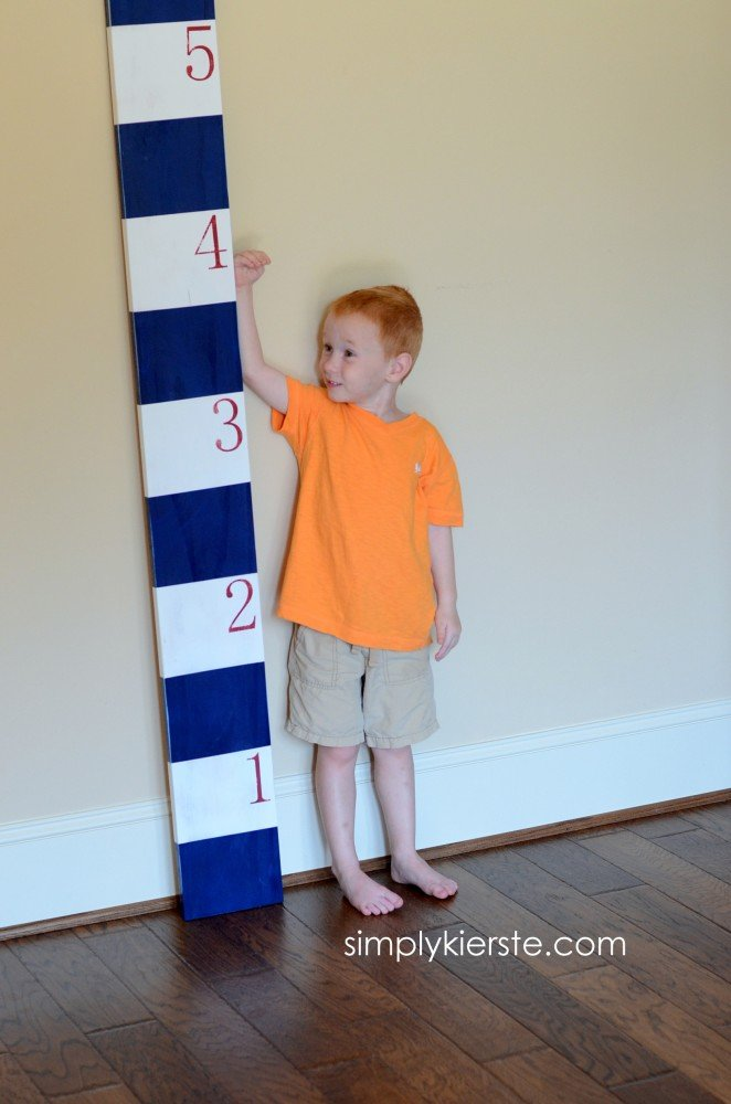 striped growth chart frog tape | simplykierste.com