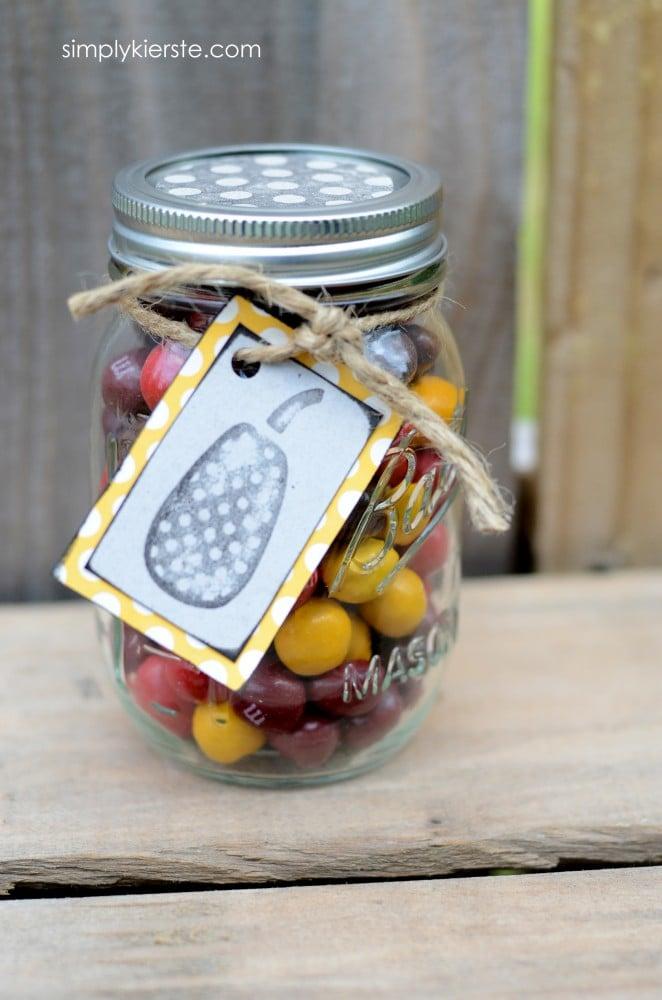 halloween treat jar | simplykierste.com