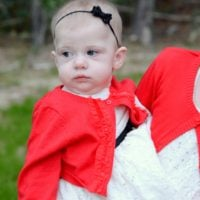 {holiday photos with oshkosh b'gosh}