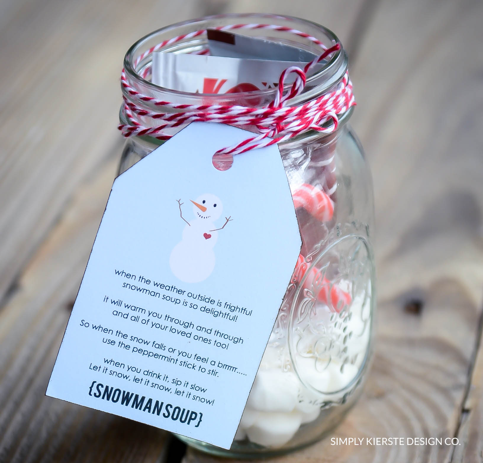 Snowman Soup | Christmas Gift Idea | Neighbor Gift Idea | simplykierste.com #neighborgifts #christmasgifts #easychristmasgifts