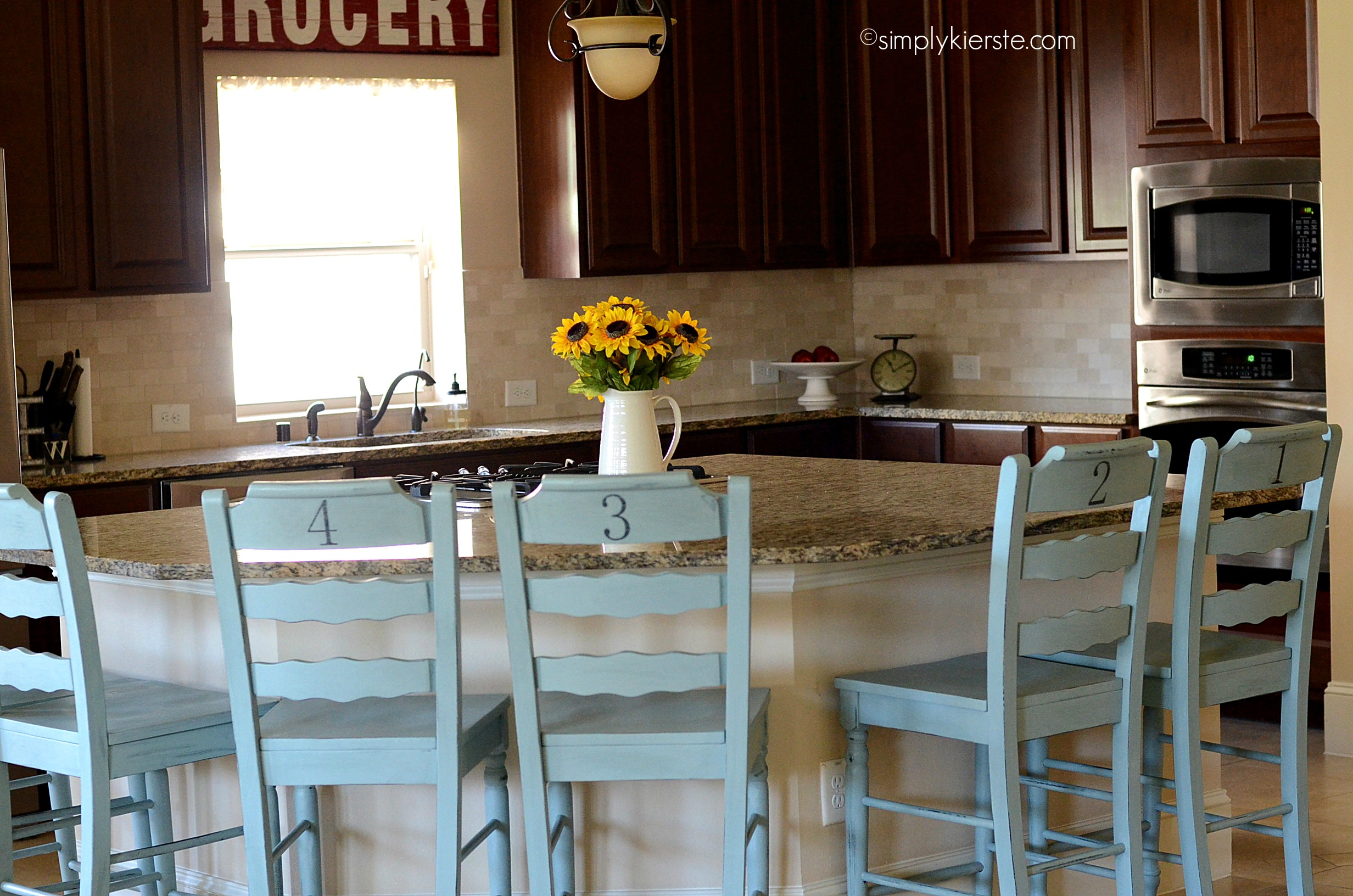chalk paint review | simplykierste.com : painted kitchen stools - islam-shia.org