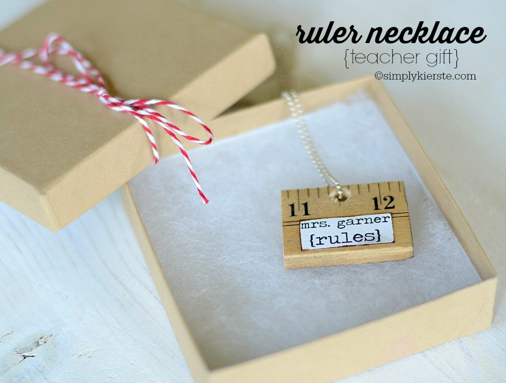 Ruler Necklace | simplykierste.com