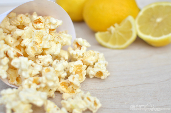 15 Fun & Fabulous Popcorn Recipes | simplykierste.com
