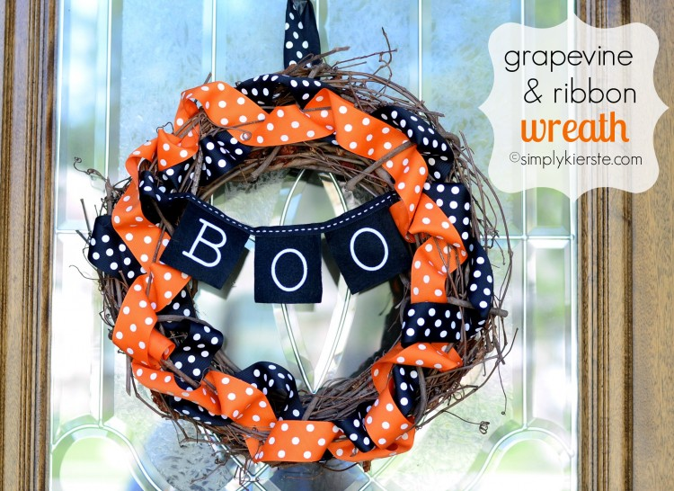 Halloween Grapevine & Ribbon Wreath | simplykierste.com
