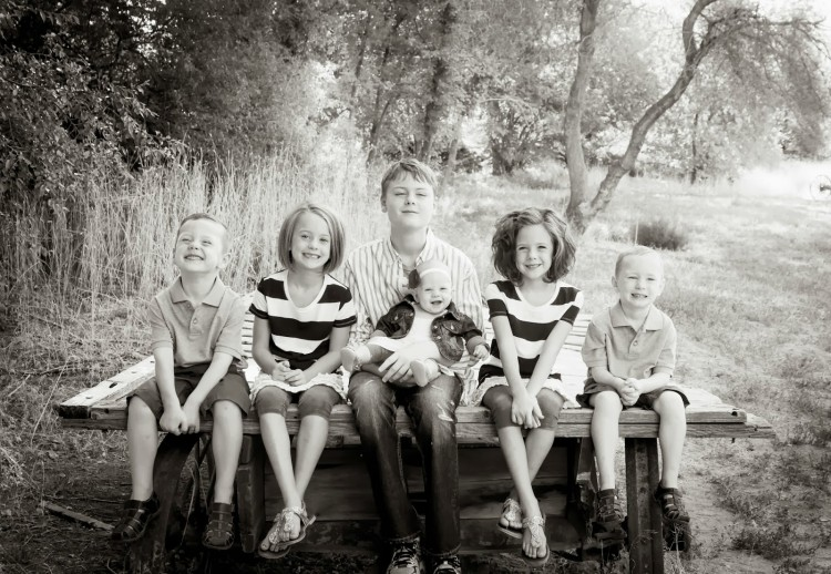 6 kids side wagon 2