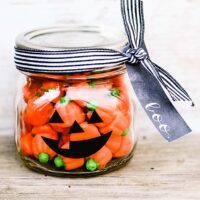 Halloween Mason Jar Gift Idea Jack-o-Lantern
