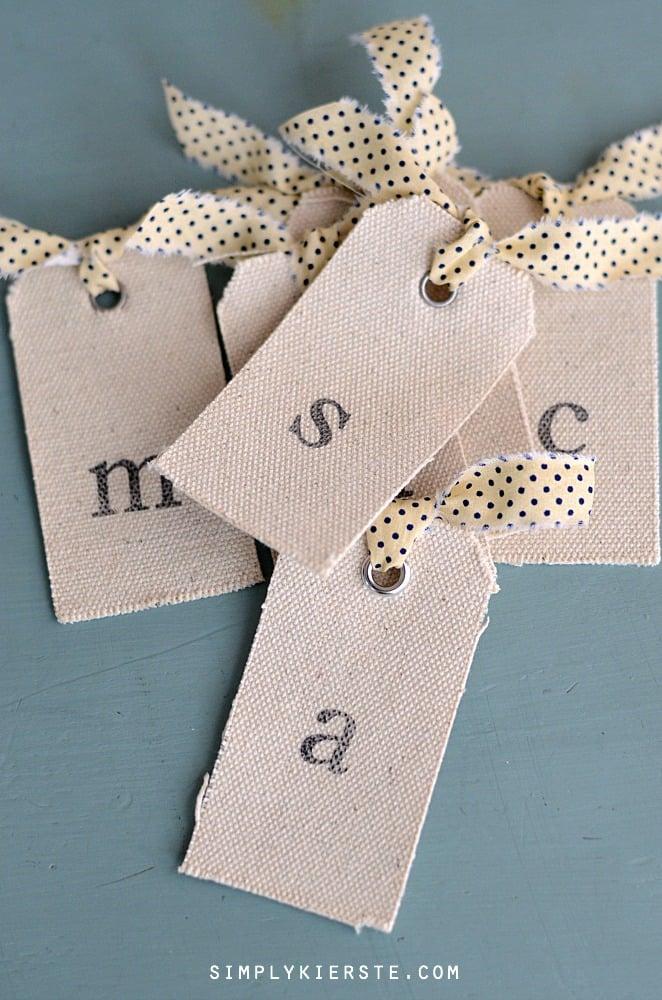Easy & Adorable DIY Bookmarks | simplykierste.com