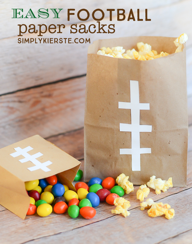 Easy Football Paper Sacks |Game Day Idea| simplykierste.com