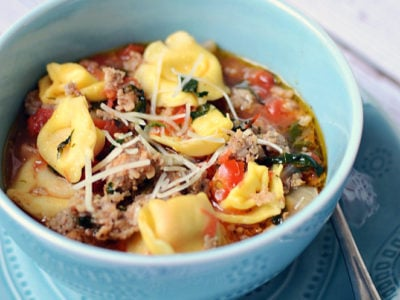 Rustic Italian Tortellini Soup | simplykierste.com
