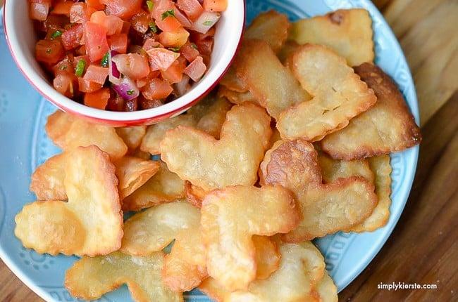 heart chips and salsa | oldsaltfarm.com