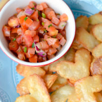 Heart Chips & Salsa