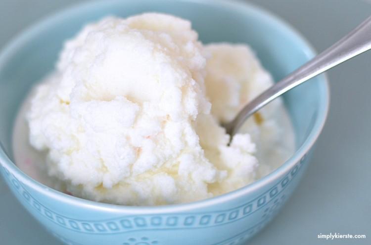 5 Minute snow ice cream   oldsaltfarm.com