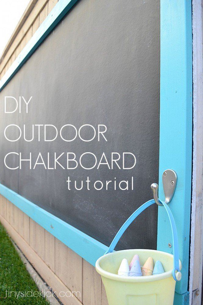 Outdoor Chalkboard Tutorial | oldsaltfarm.com