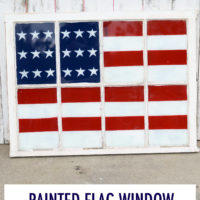 Painted Flag Window | 4th of July | oldsaltfarm.com