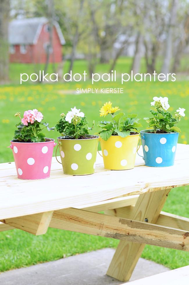 polka dot pail planter | simplykierste.com