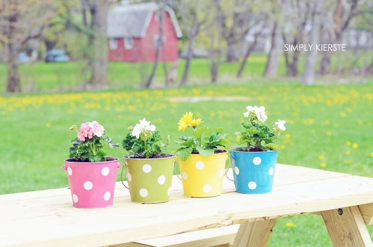 Polka Dot Pail Flower Planter | simplykierste.com