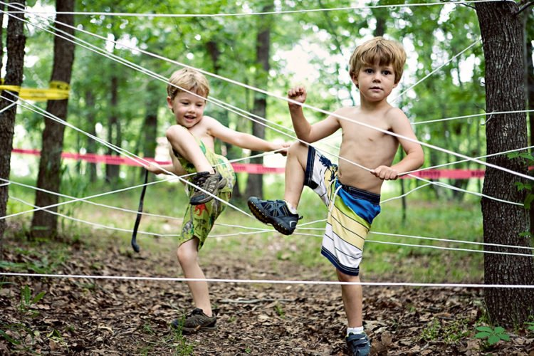 Backyard Ropes Course | simplykierste.com