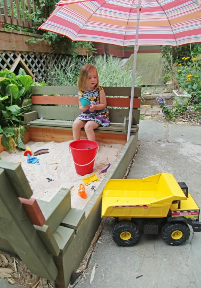 DIY Backyard Sandpit | oldsaltfarm.com