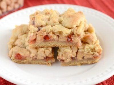 PB & J Cookie Bars | simplykierste.com