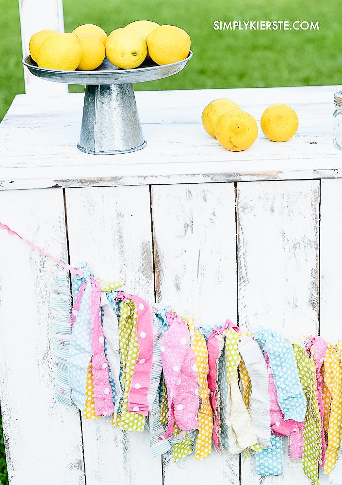 DIY Lemonade Stand with Reversible Chalkboard Sign