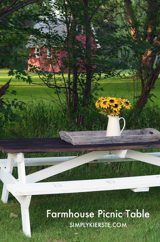Farmhouse Picnic Table | oldsaltfarm.com