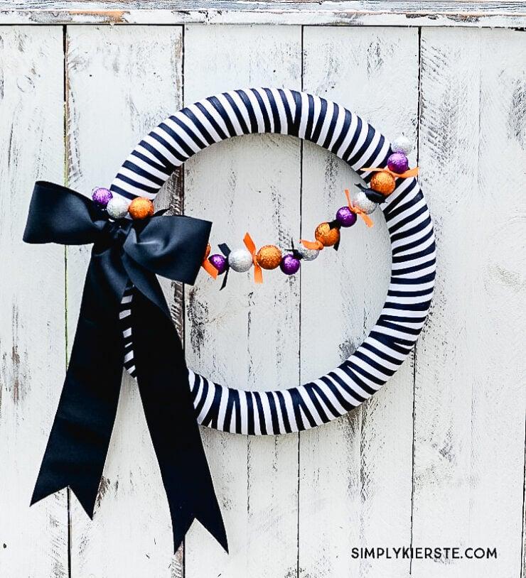 DIY Black & White Striped Halloween Wreath