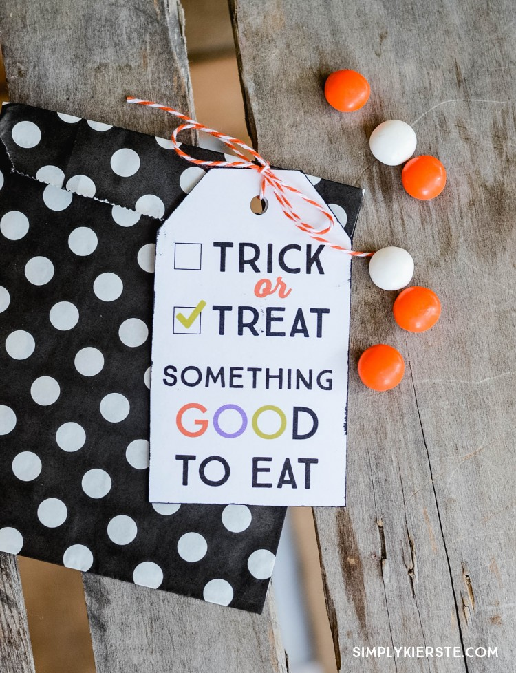http://simplykierste.com/wp-content/uploads/2015/09/trick-or-treat-printable-tags-88-2-copy-750x978.jpg