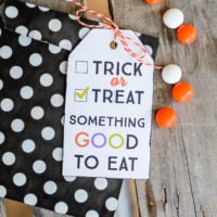 Trick-or-treat printable gift tag