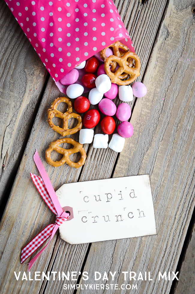 cupid crunch trail mix simply kierste design co - Valentine Snacks For School