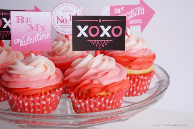 Valentine Cupcake Toppers | oldsaltfarm.com