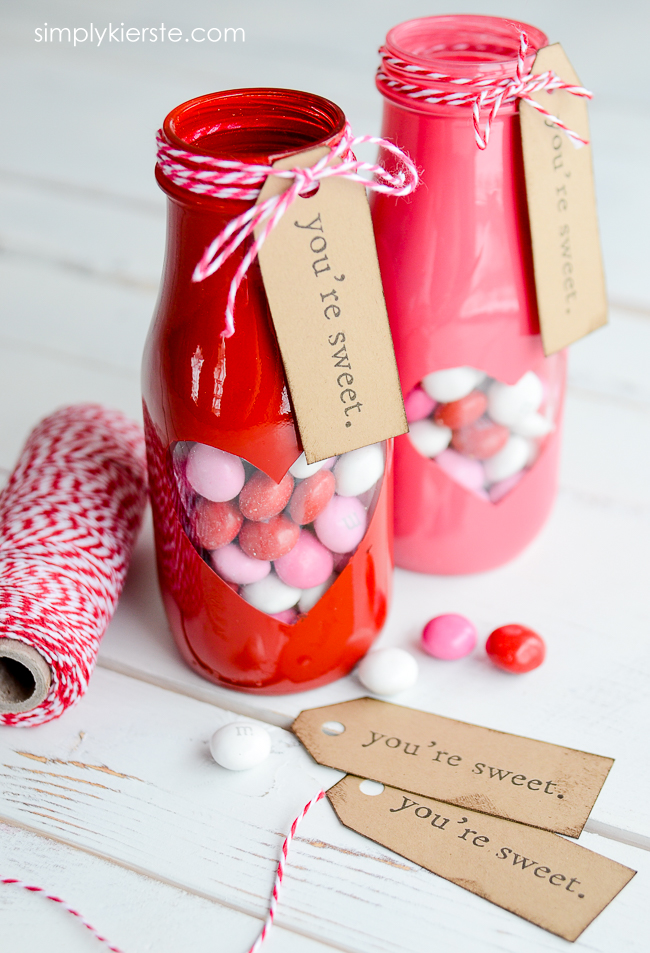 Valentine Treat Jar with free printable | oldsaltfarm.com