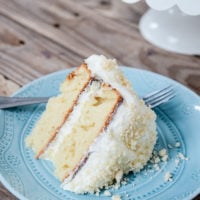 Yummy Lemon Cream Cake
