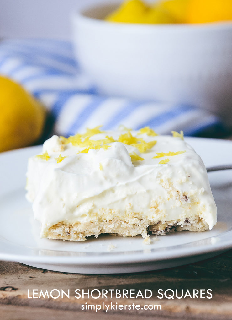 Lemon Shortbread Squares | simplykierste.com