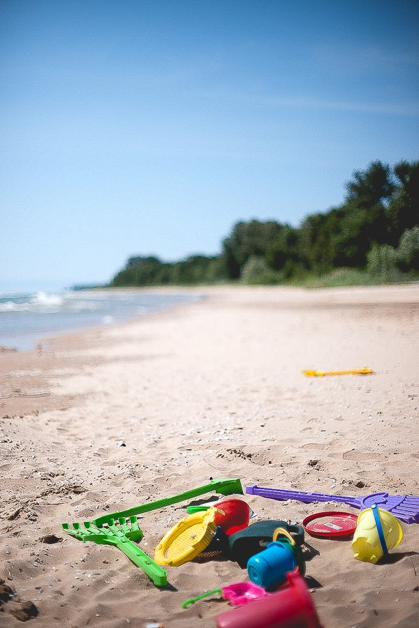 Going to the beach | How to do summer on a budget | oldsaltfarm.com