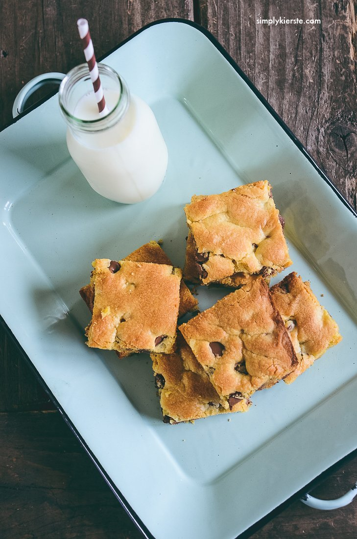 Easy Cake Mix Cookie Bars | oldsaltfarm.com