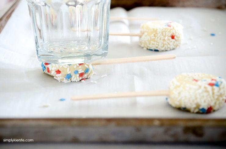Patriotic Sprinkle Cookies | simplykierste.com